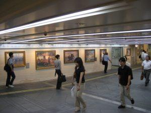Repliken europäischer Meister des 19. Jahrhunderts in einem unterirdischen Einkaufszentrum in Osaka
