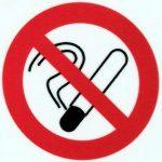 Rauchverbot an einer Tankstelle in Schweden