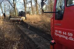 fritraekning-lastbil-skovvej