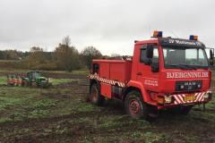 traktor-bjaergning-fast-koert-mark