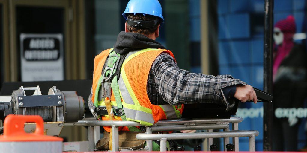 Arbetare söker arbete och bostad