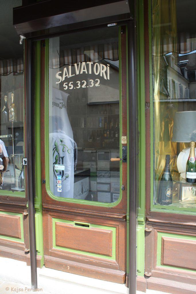 Madam Salvatoris butik, Epernay, Frankrike väl värt ett när man gör ett besök i Champagne