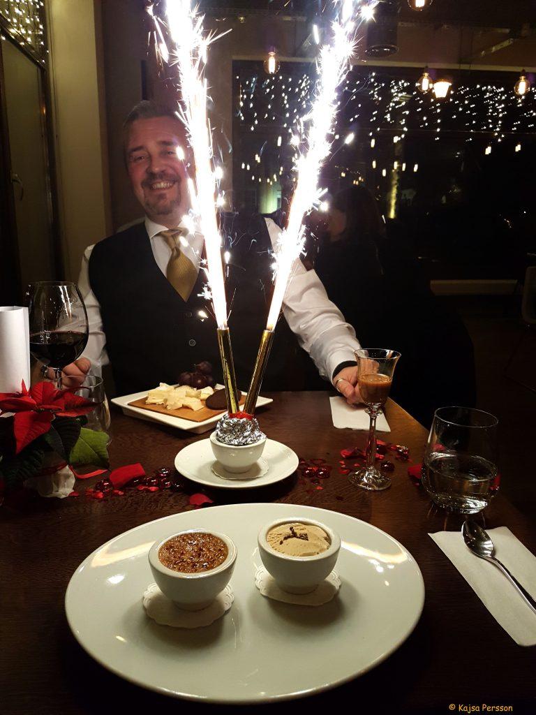 Vi blir firade med pompa och ståt på Restaurang Ritz, Gdansk