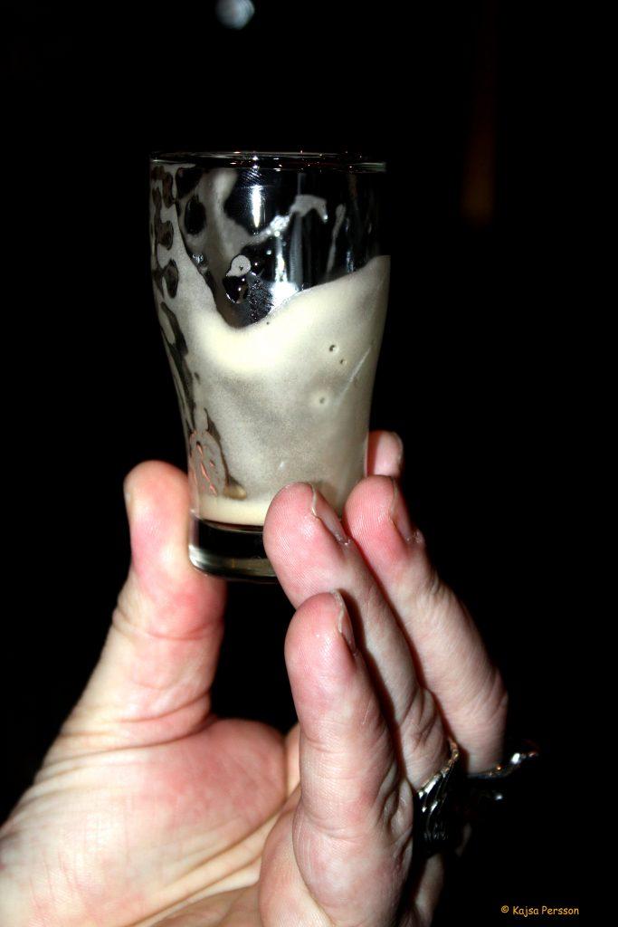 Det perfekta skummet på en Guinness