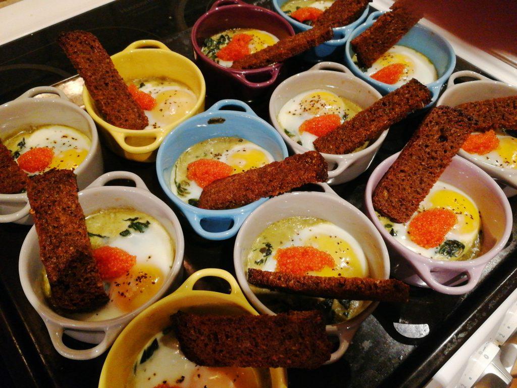 Laga mat till många - Äggcocotte i små formar