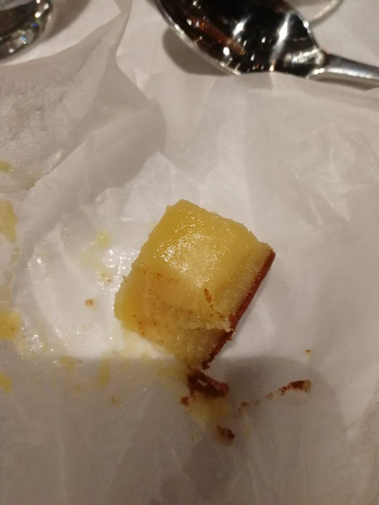 Brynt stelnat smör i papper på Glocal dinner