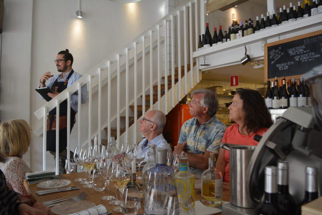 Victor i trappan på en Wine makers dinner, Sinti Göteborg