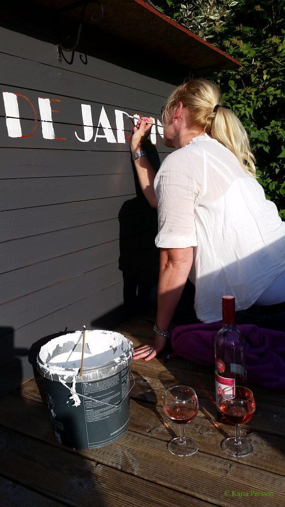 """Vi namnger uteköket till""""Bar de Jardin"""""""