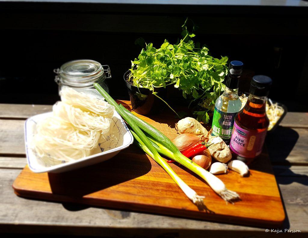 Ingredienser till Viatmesisk Bun Cha