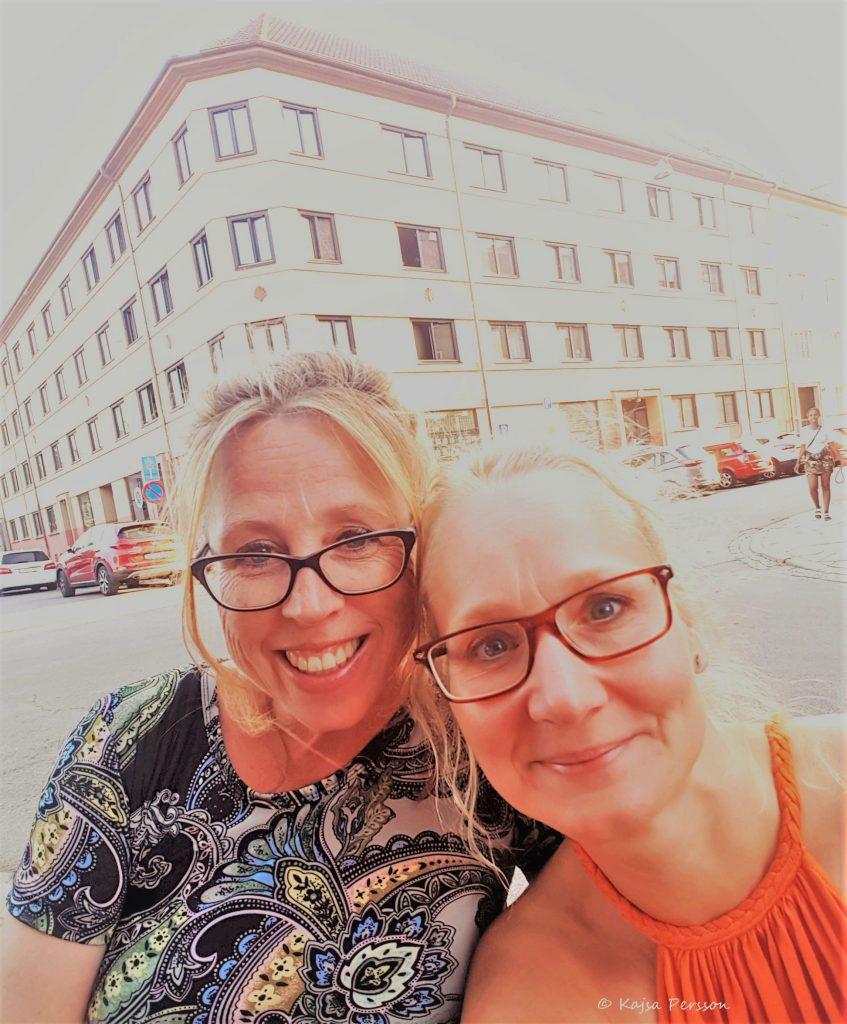 Två tjejer, vi bloggerskor