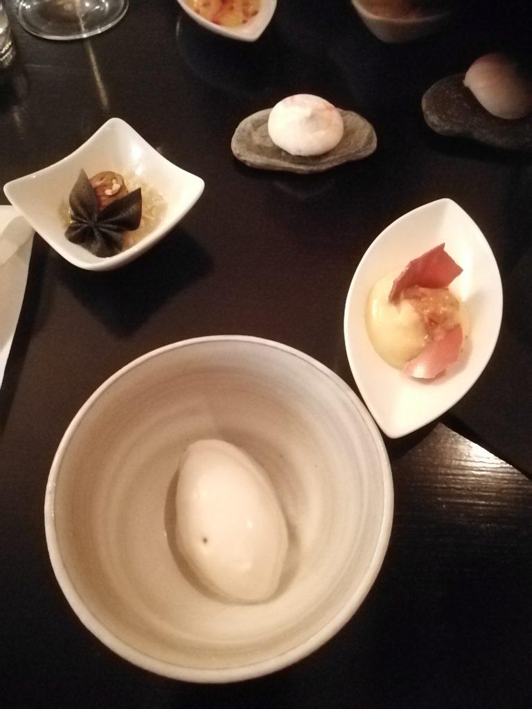 4 små desserter på Que