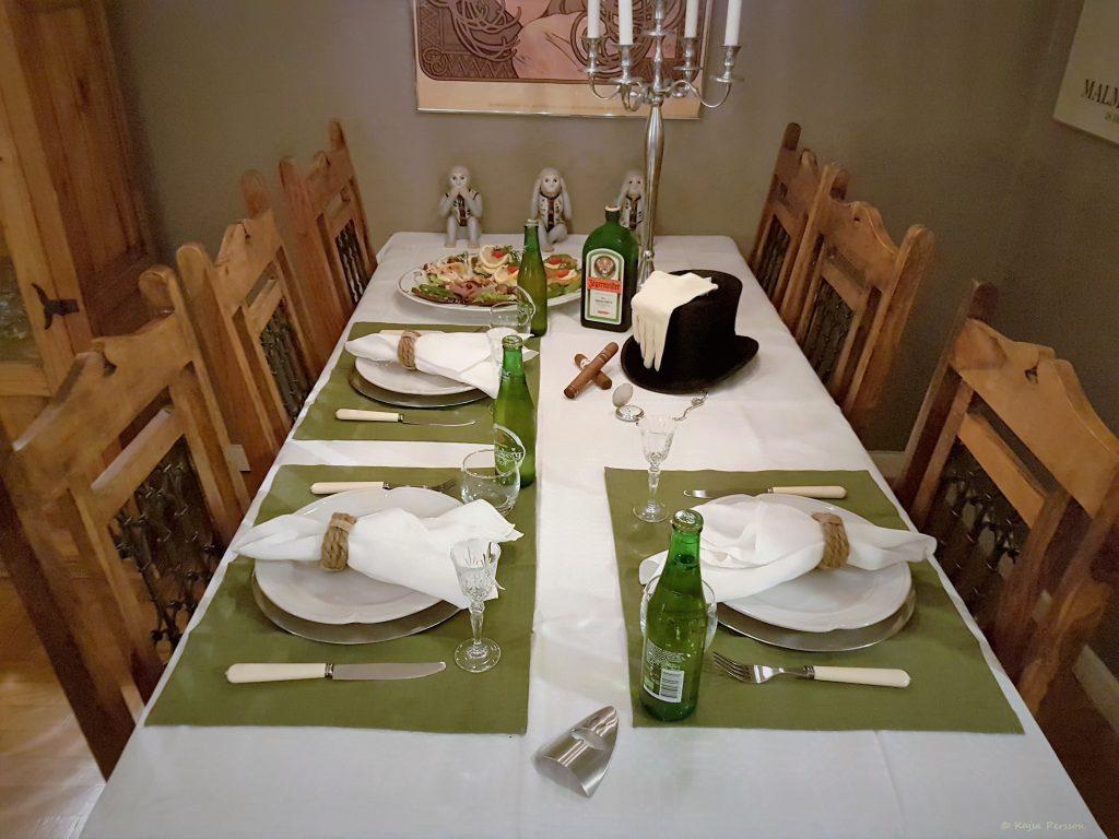 Dukat bord för Herrfrukost