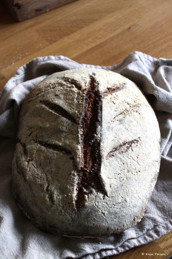 Bröd av surdeg
