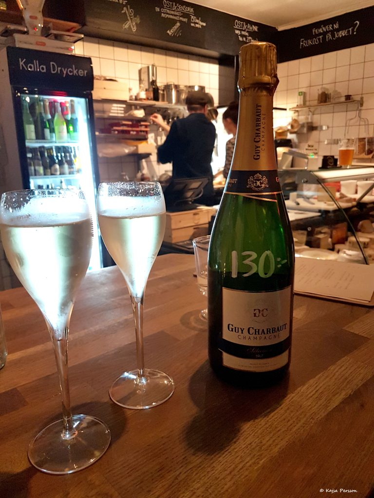 Champagne från Guy Charbaut