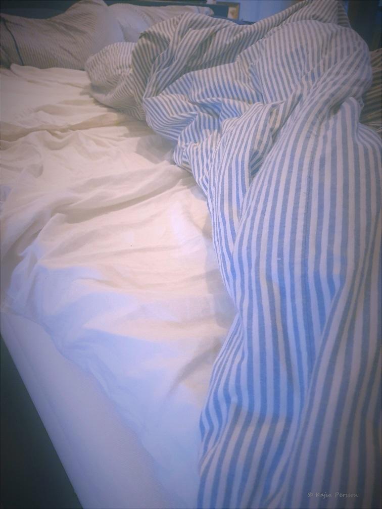 Obäddad säng