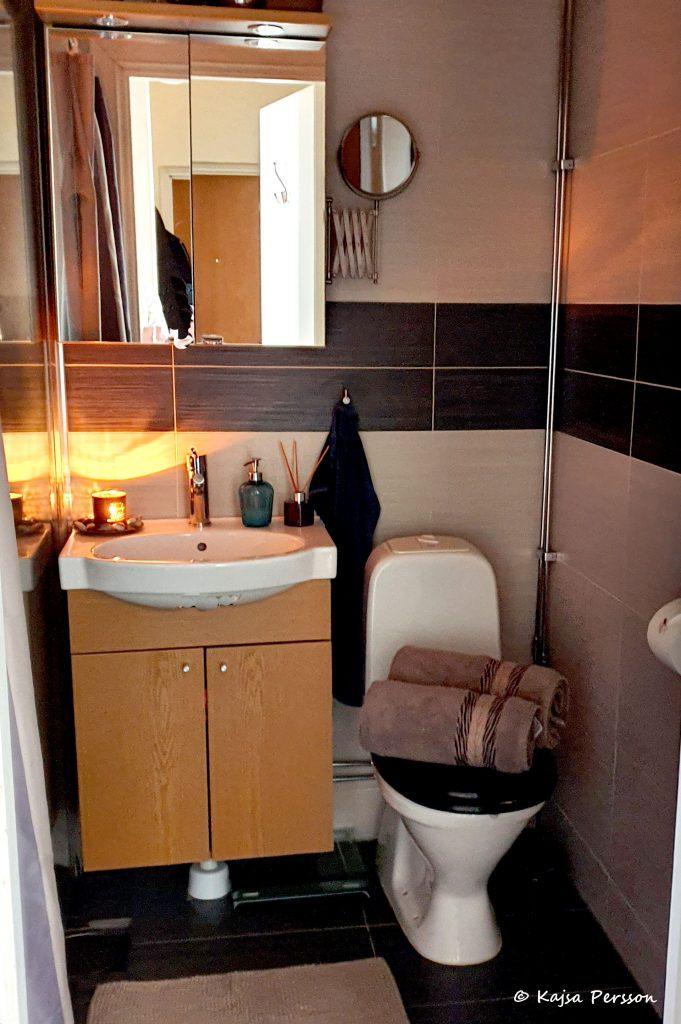 Gör badrummet mysigt för en staycation light