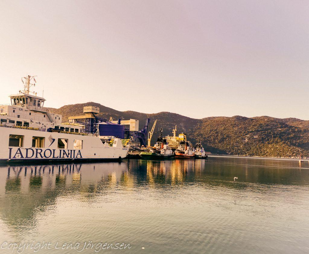 Jadrolinija har båtar som seglar i hela Kroatien