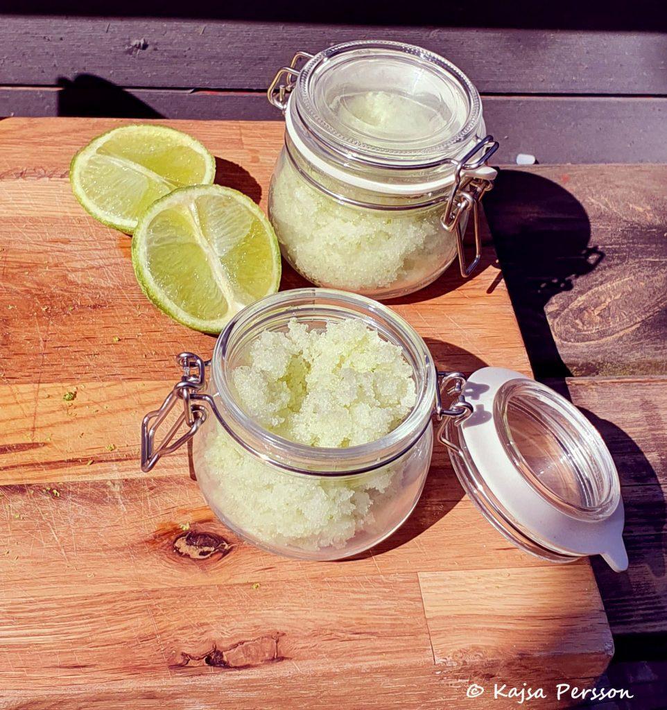 Limedoftande fotskrubb till ditt hemma spa