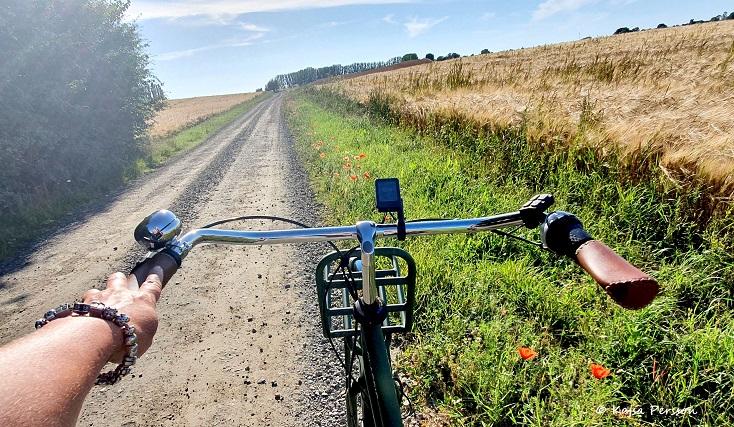 När man har en grusväg under sin cykel, då knastrar det gott