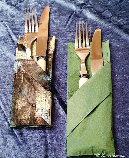 Fickor på servetten att stoppa bestick, menykort eller blommor i.