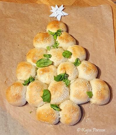 Julbullar i form av en gran med Italienska smaker