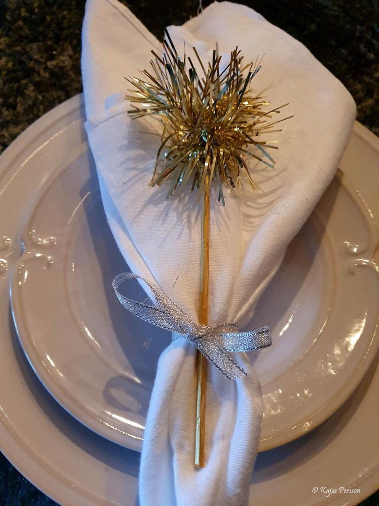 En enkel och vacker dekoration till dukningen