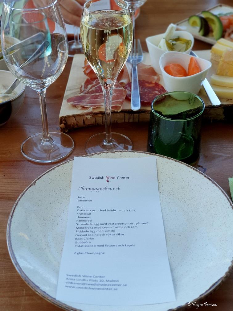 Meny till dagens champagnebrunch på Swedish winecenter