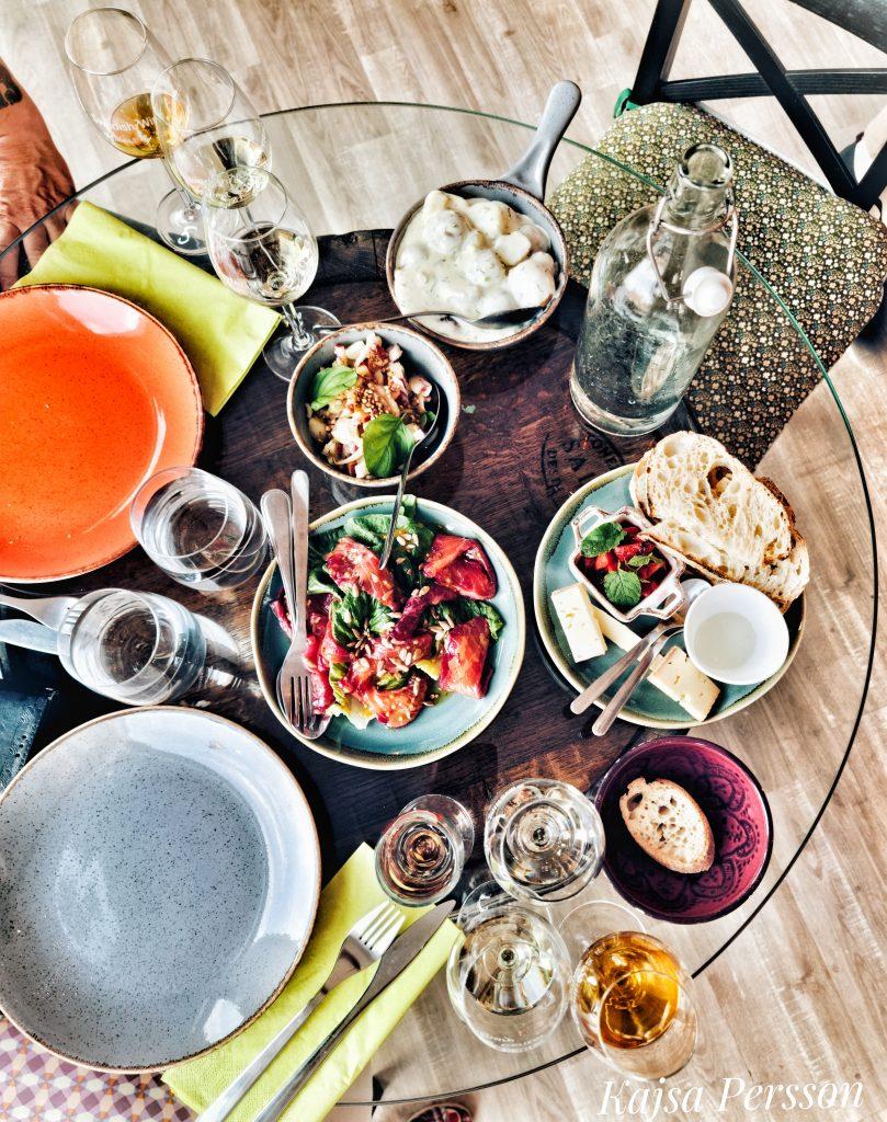 Sommar mat och vin glas