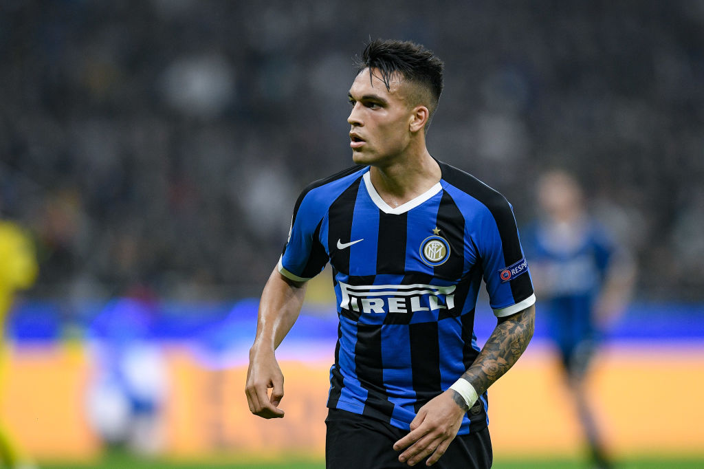 Lautaro Martinez looking on during an encounter between Inter Milan and Borussia Dortmund / GIUSEPPE MAFFIA/NURPHOTO