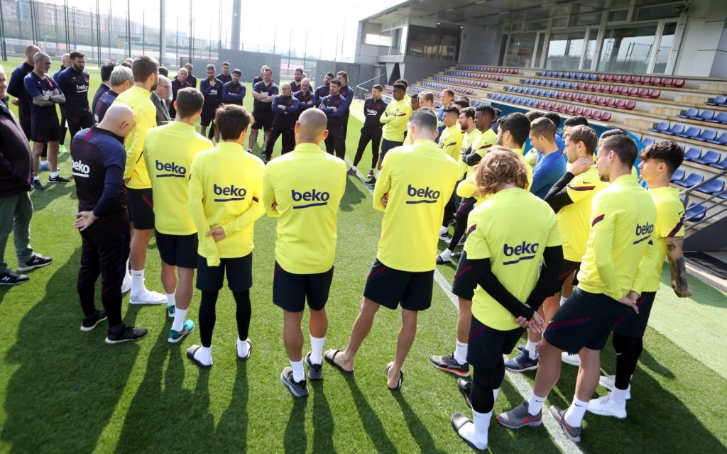 FC Barcelona first team at training in the Ciudad Deportiva Joan Gamper. // FCBarcelona Official Twitter.