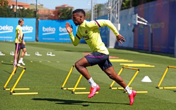 Nélson Semedo during training / MIGUEL RUIZ/ GETTY IMAGES EUROPE