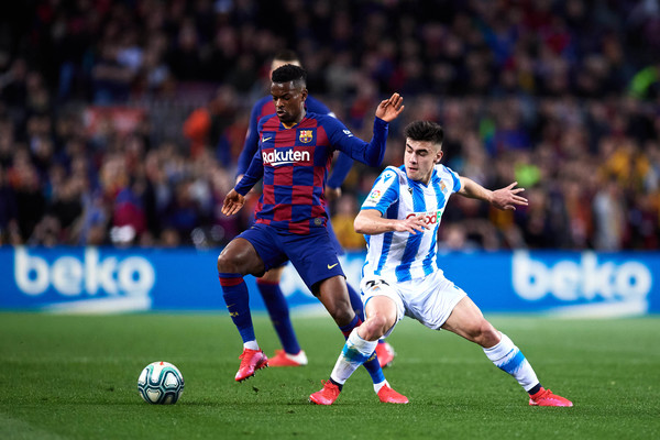 Semedo fighting for the ball for Barcelona, in a fixture against Real Sociedad / ALEX CAPARROS/GETTY IMAGES EUROPE