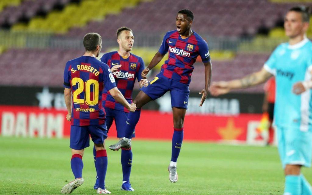 Ansu Fati celebrando el gol que abrió el marcador ante el Leganés en el Camp Nou / MIGUEL RUIZ/FCBARCELONA