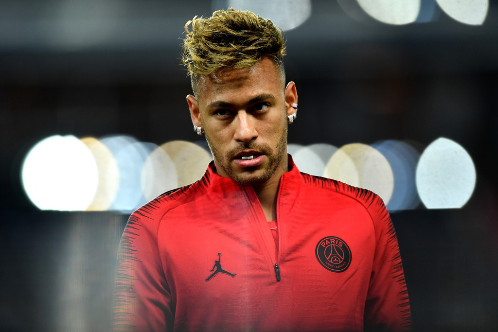 Neymar, prior to Paris Saint-Germain's match-up against Liverpool on October 23, 2018 / JUSTIN SETTERFIELD/GETTY IMAGES