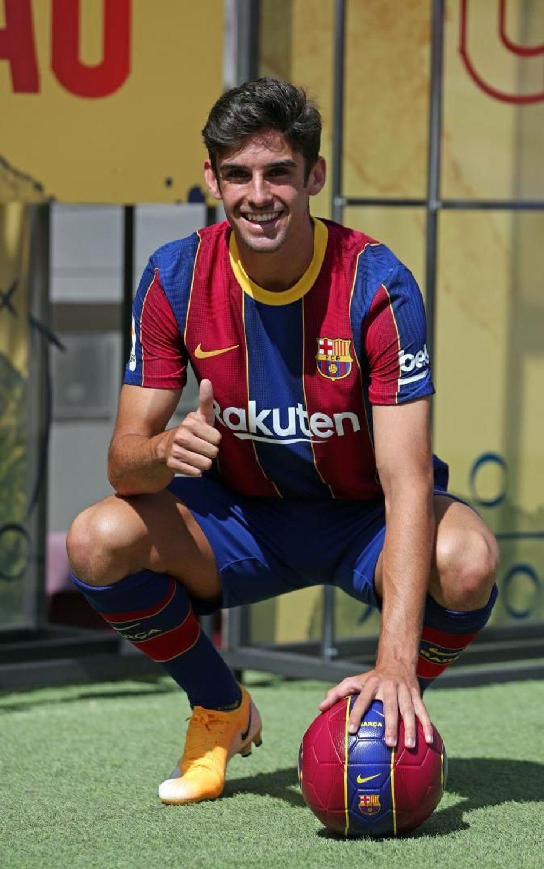 Francisco Trincão in his presentation / Barça TV+
