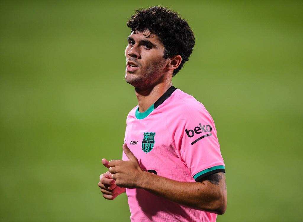 Carles Aleñá disputando un partido en pretemporada. / David Ramos/Getty Images Europe