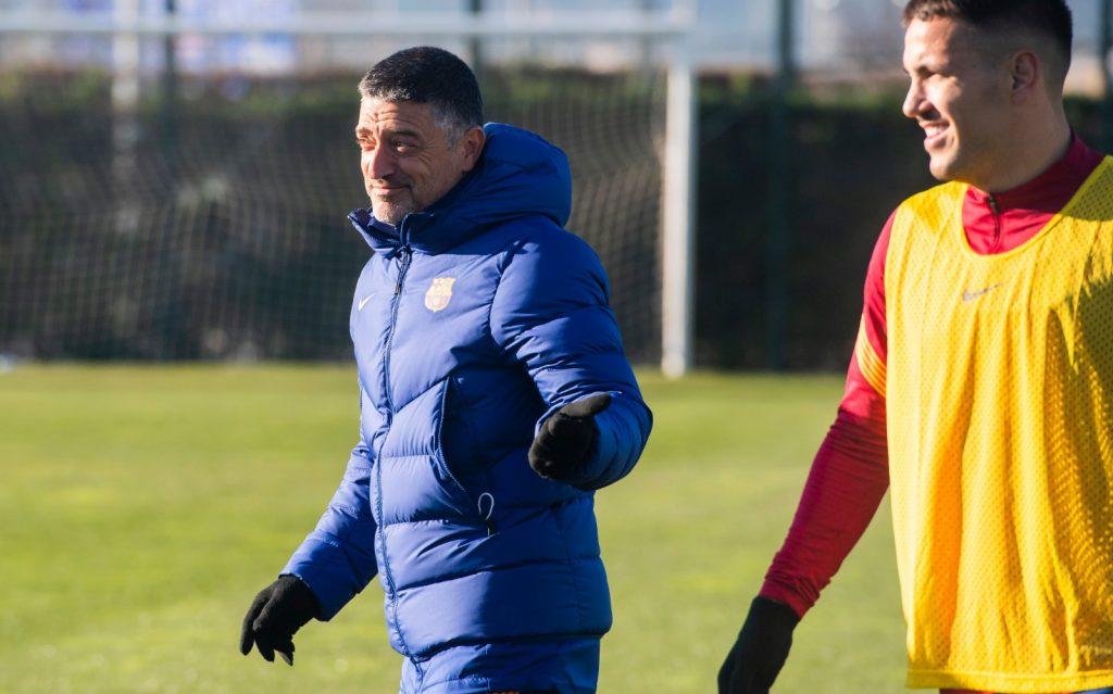 Garcia Pimienta directing a training / FC Barcelona