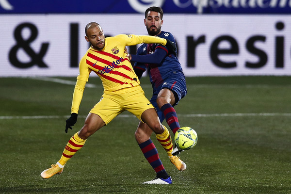 Martin Braithwaite, in action against SD Huesca / Eric Alonso/Getty Images Europe