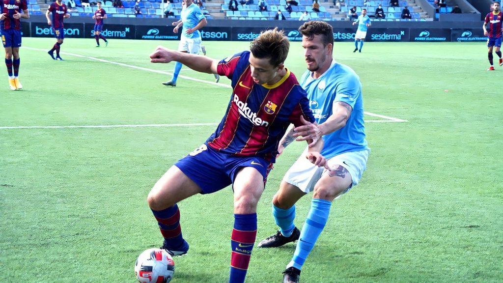 Nico manejó el centro del campo del Barça B / FC Barcelona B