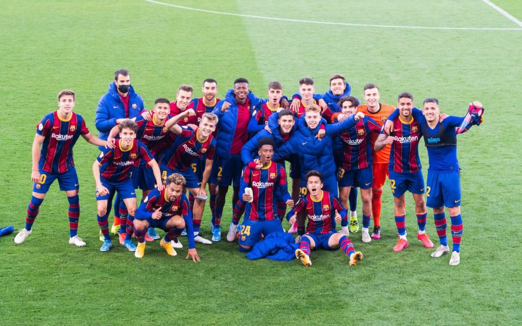 The team celebrates their qualifying / FC Barcelona B on Twitter