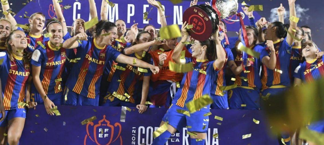 FC Barcelona femeni team celebrating after winning the copa de la reina/ FC BARCELONA WEBSITE