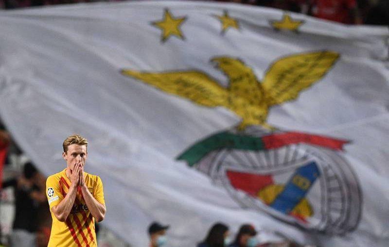 Frenkie de Jong after the 3-0 loss against Benfica / PATRÍCIA DE MELO MOREIRA / AFP / GETTY IMAGES