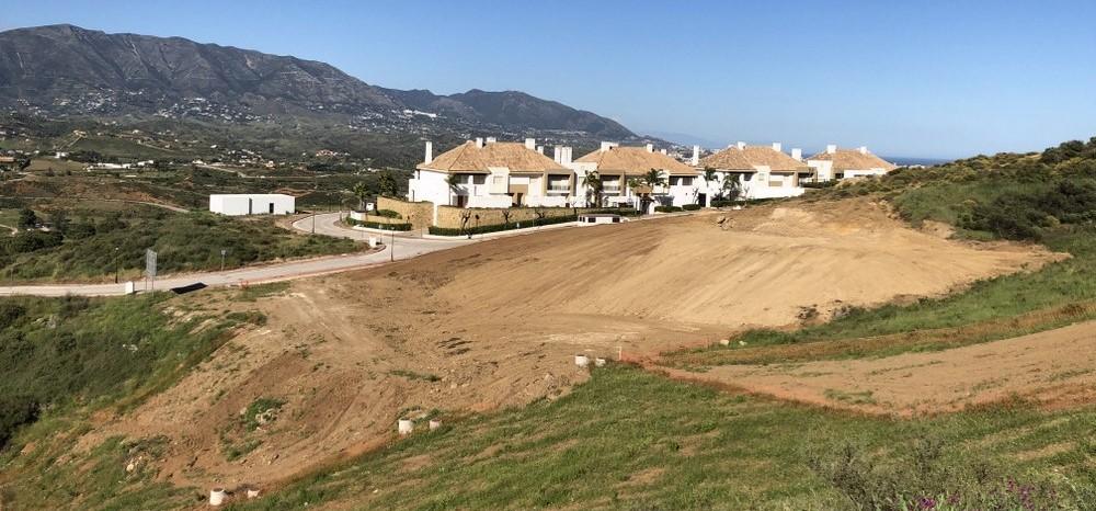 Commercial plot in La Cala Golf