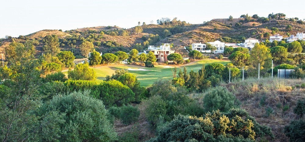 Residential plots in La Cala Golf