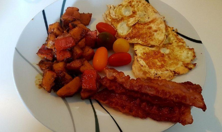 Bauernfrühstück-Kürbis-Bacon-Spiegelei