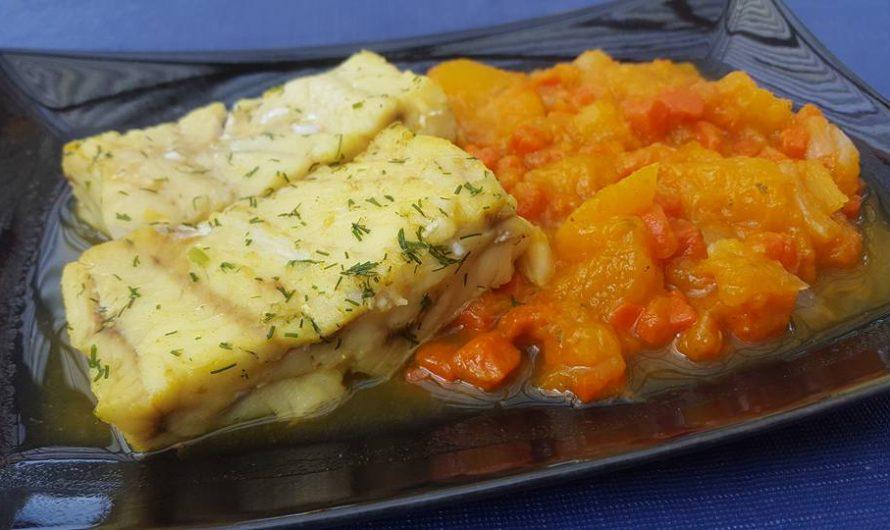 Curry-Dill-Fischfilet-an Kürbis-Möhren-Stampf