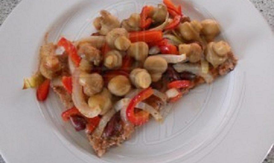 Pizza-auf-Hackfleisch-Boden