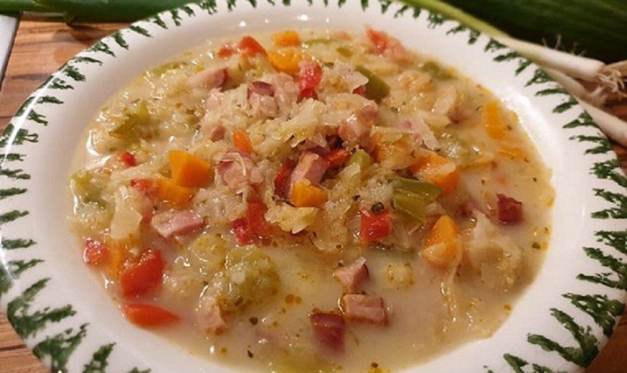 Sauerkraut-Suppe mit Kassler