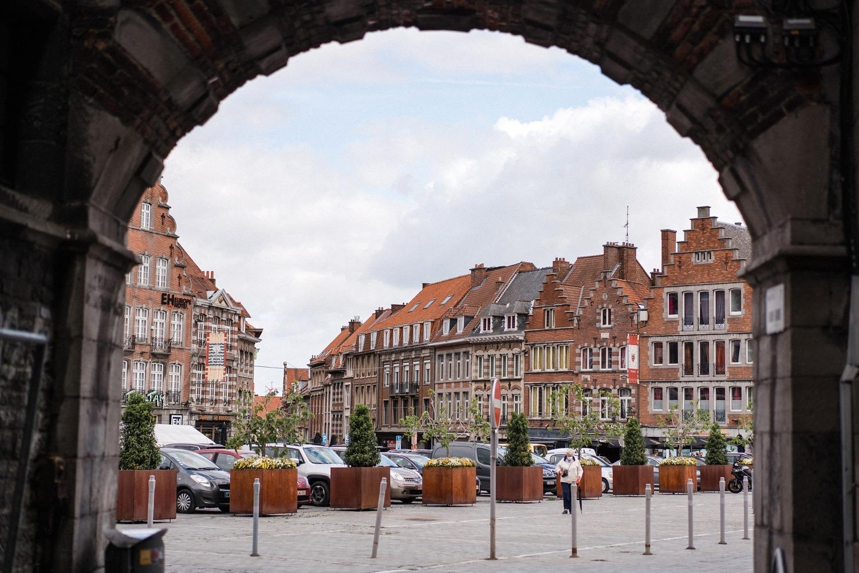 grande place de tournai Belgique