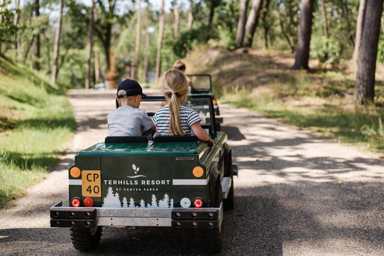 Center parcs terhills resort Limbourg centerparcs vacances en famille Belgique réserve du Connectera mini jeep